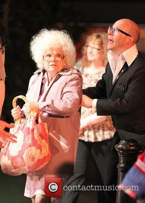 Julie walters and Harry Hill