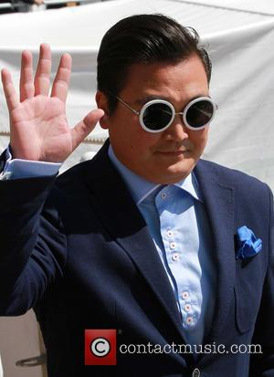Psy Imposter Resurfaces In Monaco