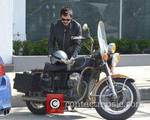 Ewan McGregor - Ewan McGregor rides his motorcycle in West Hollywood - Los Angeles, CA, United States - Tuesday 21st...