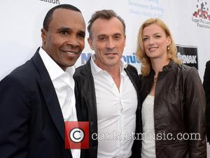 Sugar Ray Leonard and Robert Knepper
