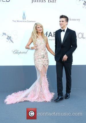 Paris Hilton and River Viiperi