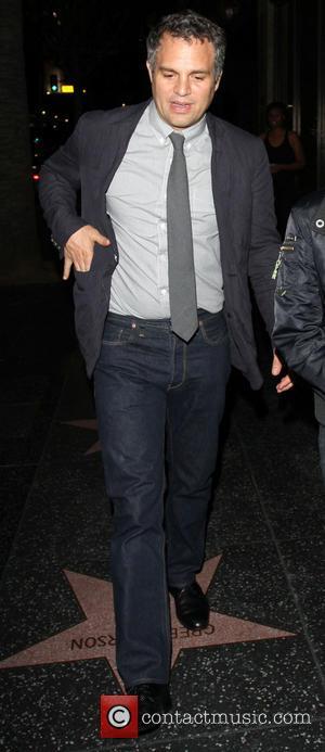 Mark Ruffalo - Mark Ruffalo leaves Katsuya restaurant in Hollywood - Los Angeles, California, United States - Thursday 23rd May...