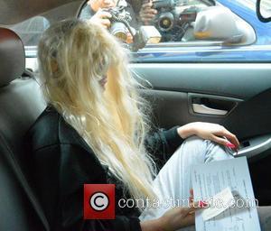 Amanda Bynes - Amanda Bynes leaves Manhattan Criminal Court