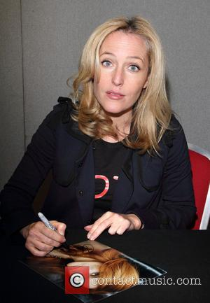 Gillian Anderson - Celebrities and Sporting Greats attend Collectormania 19 at Stadium MK - Milton Keynes, United Kingdom - Saturday...