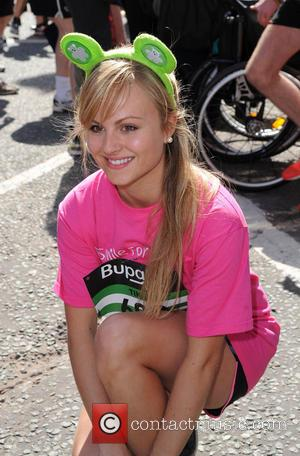 Tina O'Brien - The Bupa Great Manchester Run - Manchester, United Kingdom - Sunday 26th May 2013