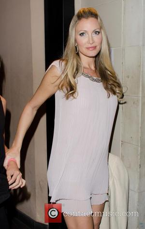 Pregnant Caprice Bourret Set To Welcome Surrogate Baby Weeks Before Due Date