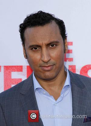 Aasif Mandvi - Los Angeles Premiere of 'The Internship' at Regency Village Theatre in Westwood - Westwood, California, United States...
