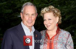 Mayor Michael Bloomberg and Bette Midler - Bette Midler's New York Restoration Project 12th Annual Spring Picnic held at Gracie...