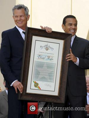 Antonio Villaraigosa and David Foster - David Foster is honoured with a star on the Hollywood Walk of Fame on...