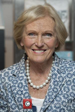 Mary Berry - Mary Berry makes a personal appearance at Harrods Gourmet Cookshop to sign copies of her latest recipe...