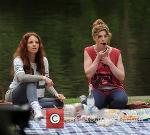Yvonne Catterfeld and Aoibhinn McGinnity - Yvonne Catterfeld and Aoibhinn McGinnity filming a picnic scene on  a German TV...