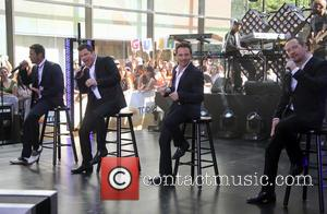 Nick Lachey, Jeff Timmons, Drew Lachey, Justin Jeffre and 98 Degrees
