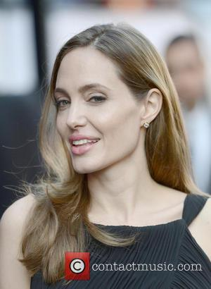 Angelina Jolie And Family Visit Lion King Cast In Sydney