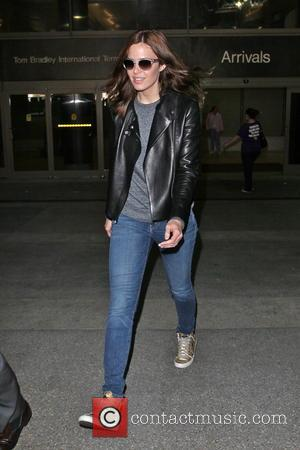 Mandy Moore - Mandy Moore is seen arriving at LAX Airport - Los Angeles, CA, United States - Tuesday 4th...