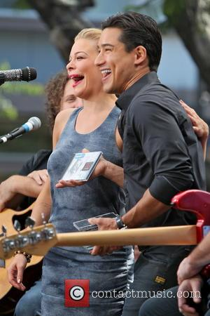 Leann Rimes and Mario Lopez