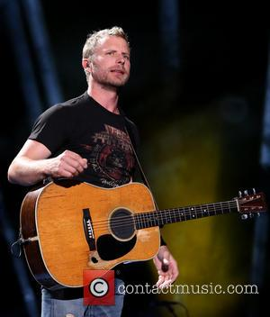 Dierks Bentley Raises $476,000 For Tragic Firefighters' Families