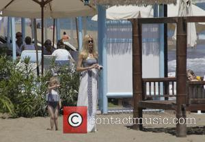 Claudia Schiffer - Claudia Schiffer and family enjoying a holiday in Marbella - Marbella, Spain - Monday 10th June 2013