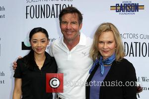Aimee Garcia, Dennis Quaid and Jobeth Williams