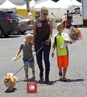 Gavin Rossdale, Zuma Rossdale, Kingston Rossdale and Mindy Mann