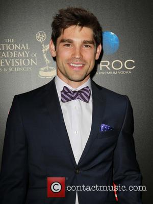 Justin Gaston - The 40th Annual Daytime Emmy Awards held at The Beverly Hilton Hotel - Arrivals - Beverly Hills,...