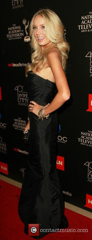 Melissa Ordway - The 40th Annual Daytime Emmy Awards held at The Beverly Hilton Hotel - Arrivals - Beverly Hills,...