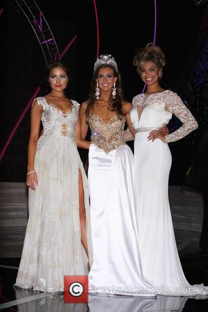 Miss Usa 2013 Erin Brady, Donald Trump and Logan West