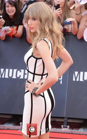 Taylor Swift - 2013 MuchMusic Video Awards