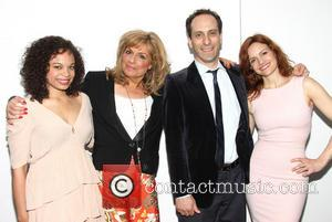 Michelle Beck, Caroline Aaron, Peter Grosz and Carla Gugino
