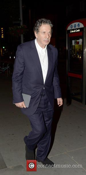 Charles Saatchi - Charles Saatchi arriving home in Chelsea after dining at 34 Restaurant - London, United Kingdom - Wednesday...