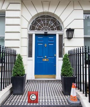 Nigella Lawson - Nigella Lawson leaving a private residence with her daughter Cosima - London, United Kingdom - Friday 21st...