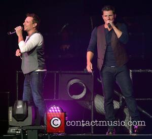 Nick Lachey, Drew Lachey and 98 Degrees