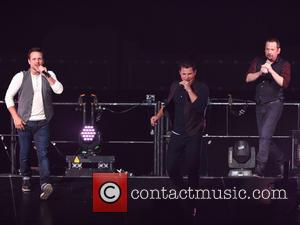 Nick Lachey, Drew Lachey, Justin Jeffre and 98 Degrees