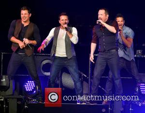 Nick Lachey, Drew Lachey, Justin Jeffre, Jeff Timmons and 98 Degrees