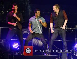 Nick Lachey, Jeff Timmons, Justin Jeffre and 98 Degrees