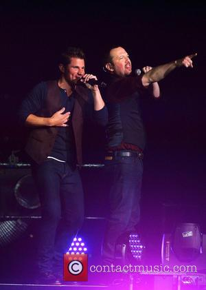 Nick Lachey, Justin Jeffre and 98 Degrees