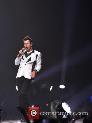 Jordan Knight - New Kids On The Block perform