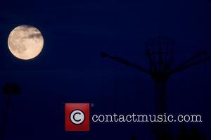 Atmosphere and Super Moon Pleasure Island Cleethorpes England