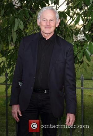 Victor Garber - The Serpentine Gallery Summer Party held at Kensington Gardens - Arrivals - London, United Kingdom - Wednesday...