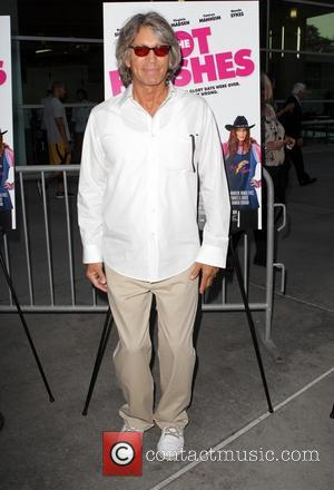 Eric Roberts - The Los Angeles premiere of 'The Hot Flashes' - Arrivals - Los Angeles, California, United States -...