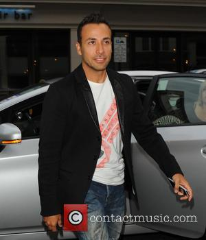 Howie Dorough and Backstreet Boys - Backstreet Boys walk to The Mayfair Hotel after dining at Nobu Berkeley restaurant -...