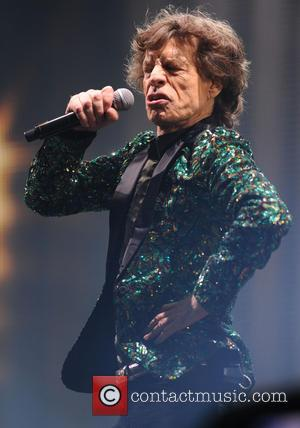 Glastonbury Festival 2013 In Pictures: Sun, Cider and The Rolling Stones [Pictures]