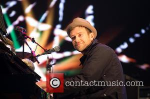 Damon Albarn - The 2013 Glastonbury Festival - Day 3 - Performances - Glastonbury, United Kingdom - Sunday 30th June...
