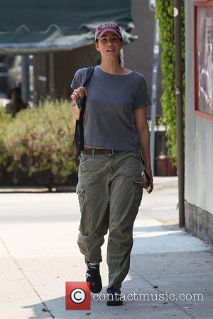 Sarah Silverman - Sarah Silverman out for lunch in West Hollywood - Los Angles, CA, United States - Monday 1st...