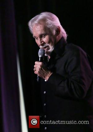 Kenny Rogers Postpones Oklahoma Concert For Second Time