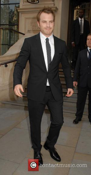 Robert Kazinsky - Cast members of the upcoming film 'Pacific Rim' leaving their London hotel - London, United Kingdom -...