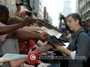 Michael Cera - Celebrities outside the Ed Sullivan Theater for 'The Late Show with David Letterman' - New York, NY,...
