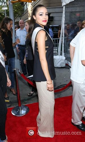 Olivia Culpo - New York Premiere of Grown Up's 2 at AMC Loews Lincoln Square - New York City, NY,...