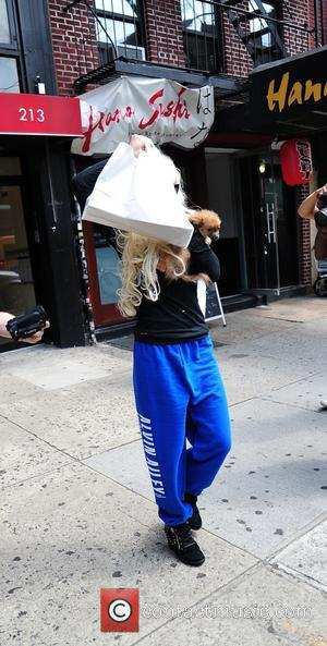 Amanda Bynes Questioned By Barneys Security In New York For Alleged Shoplifting