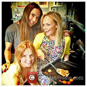 Melanie C, Geri Halliwell and Emma Bunton - Emma Bunton posts this photo on Twitter.com with the caption: Still teaching...