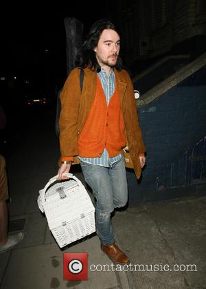 Barrie-James O'Neill - Lana Del Rey and her boyfriend Barrie-James O'Neill leaving a recording studio - London, United Kingdom -...